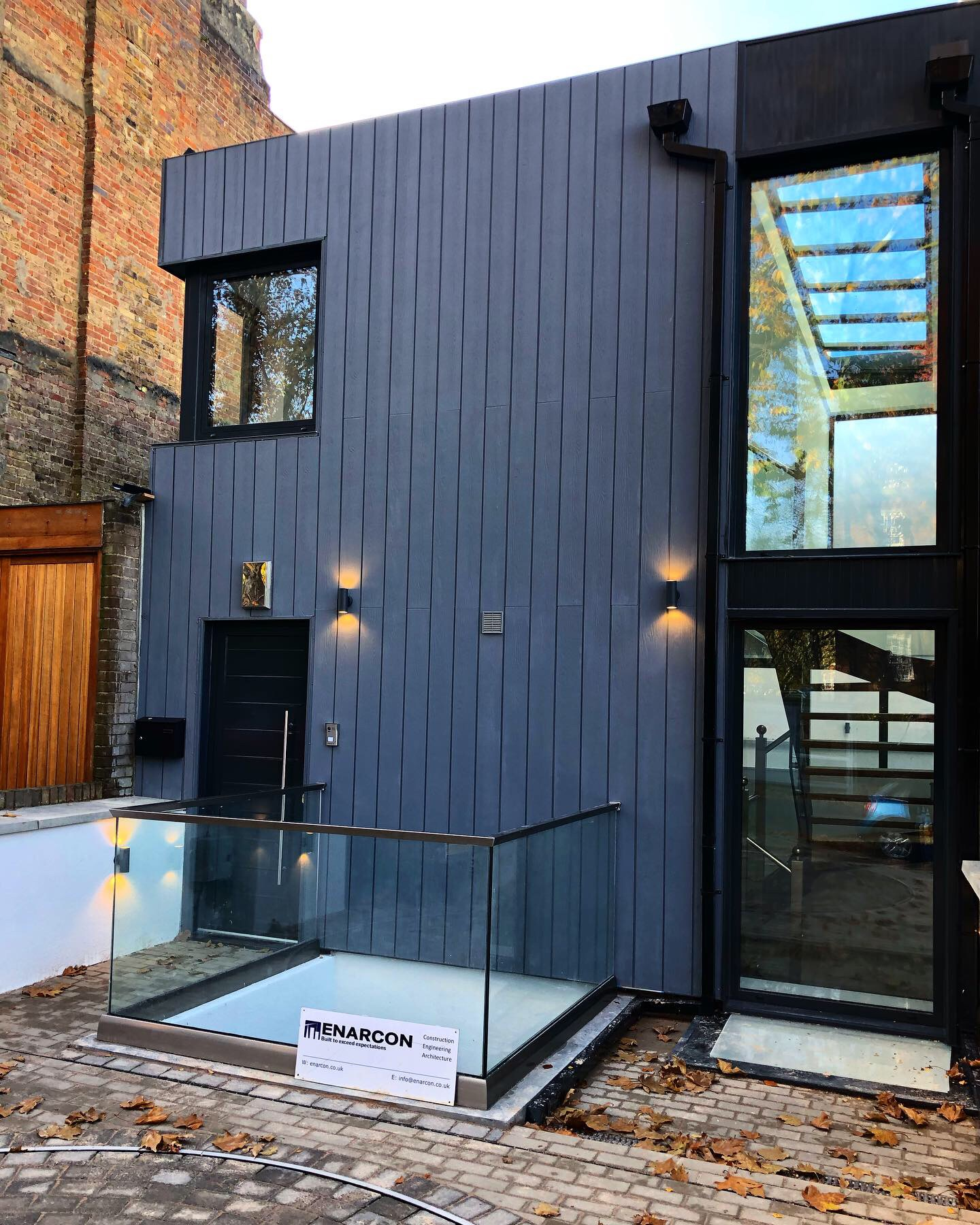 Semi-detached house in Highgate, London consisting of basement and 2 floors
